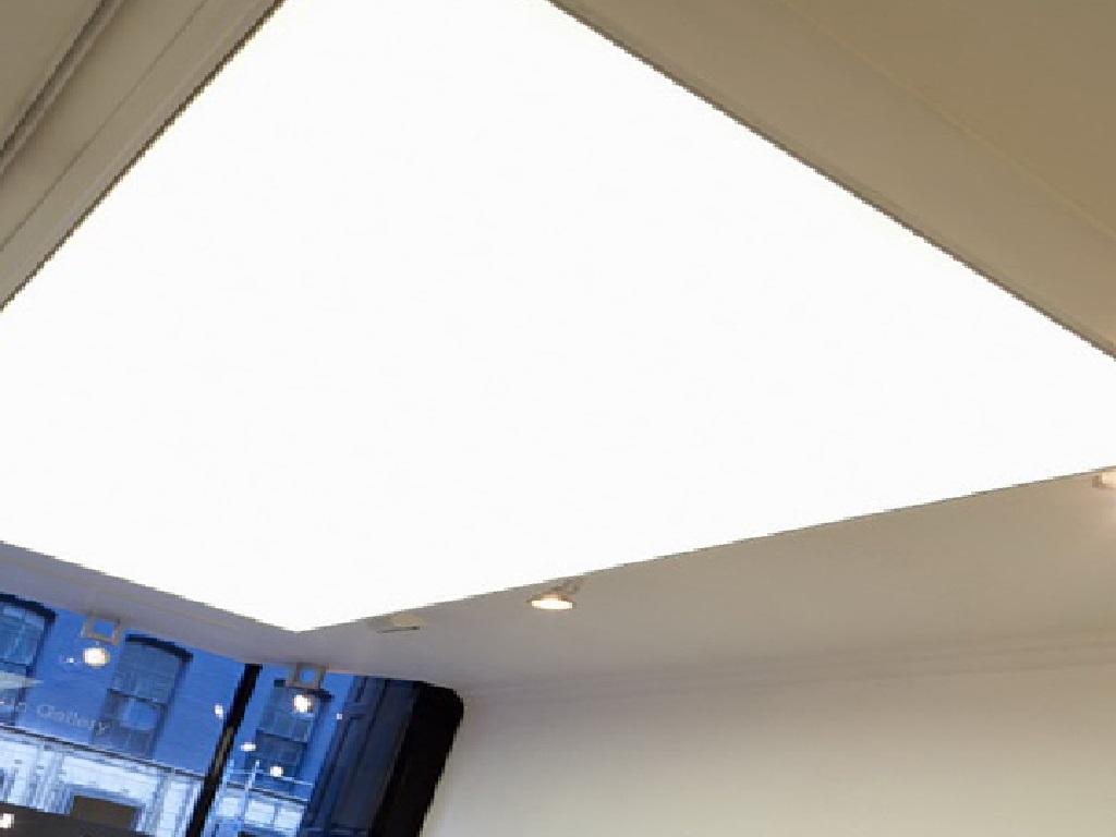 Полупрозрачный (транслюцид) натяжной потолок