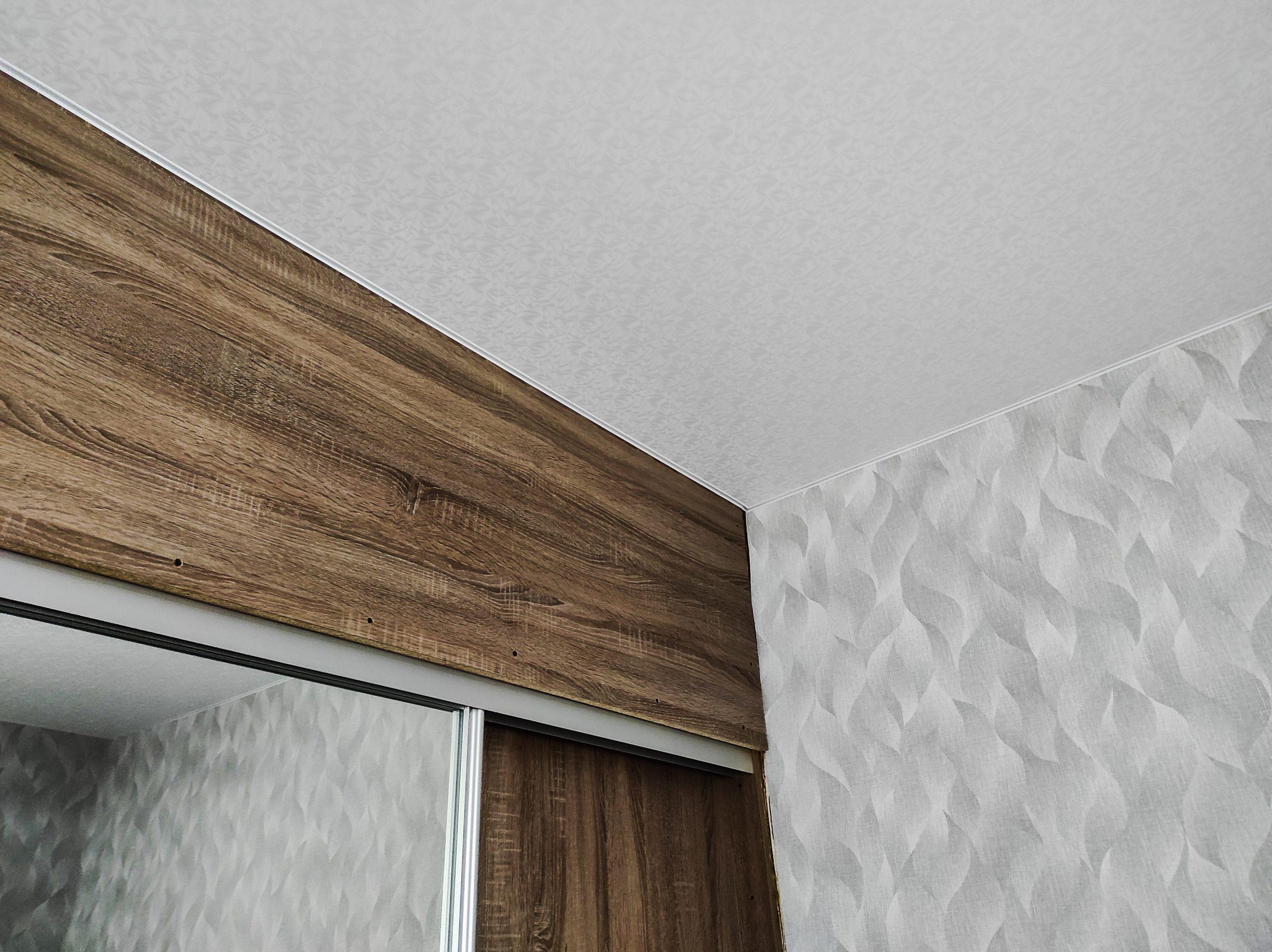 Эксклюзивный потолок в спальне.